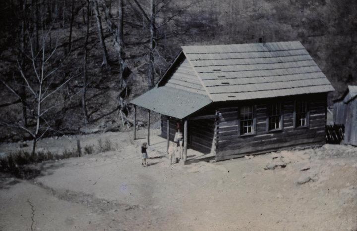 salt trace school sits on property of Corbett Caldwell. at 1780 in salt trace in Harlan county ky. this pic is what it use to look like. but as of 2014, only parts of it still stands.